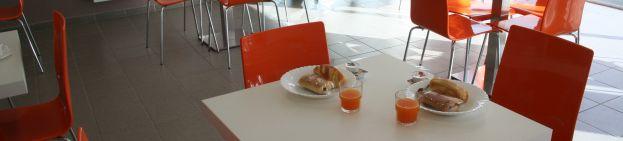 Photo résidence étudiant salle petit déjeuner